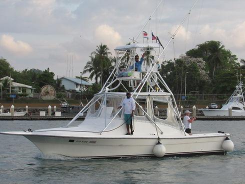 moonwalker-charter-boat-09.jpg