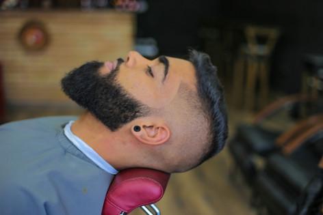 barba na barbearia barba branca.jpg