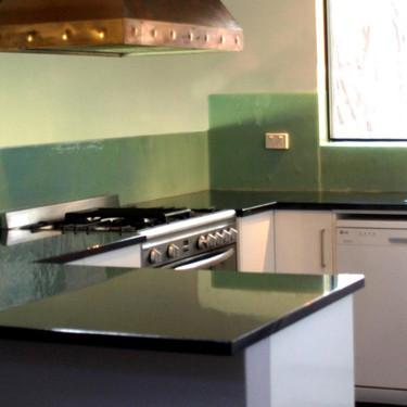 gavins kitchen 1.jpg