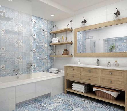 Голубая плитка с узором в ванной