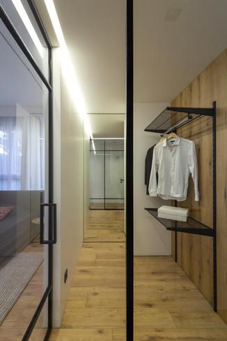 лофт перегородка в дизайне спальни