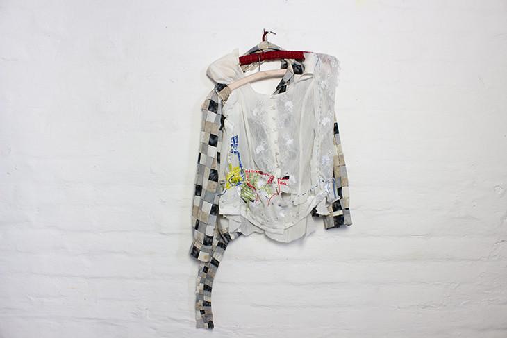 Georgina Maxim, 2020, no title, work in progress, textile, technique mixte, 95 x 70 cm