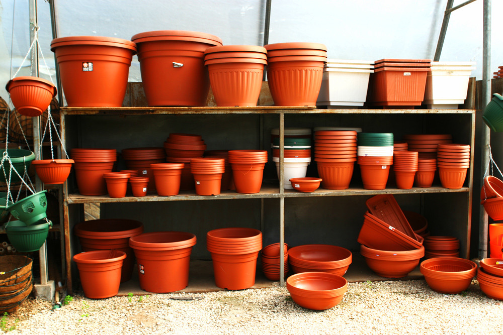 hundreds of planter pots