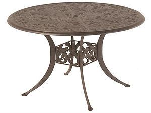 Chateau-Table.jpg