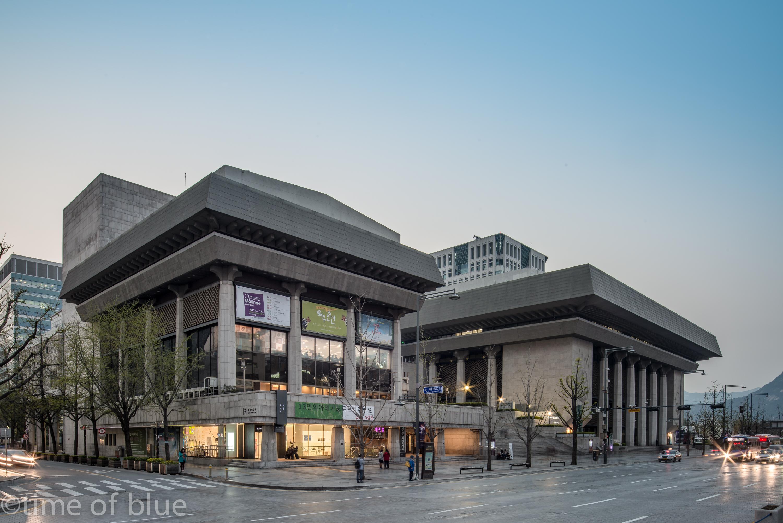 세종문화회관 전시관, 시공테크