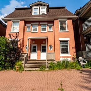 1- 75 Lower Charlotte: 3 Bedroom Apartment (Lower Town, Ottawa)