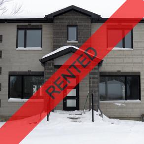 2676 Ayres: 3 Bedroom Home (Alta-Vista, Ottawa)