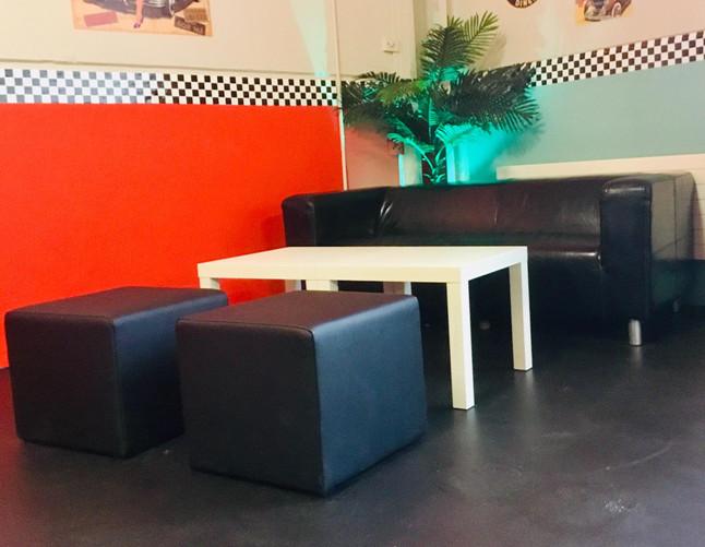 American-Diner Lounge