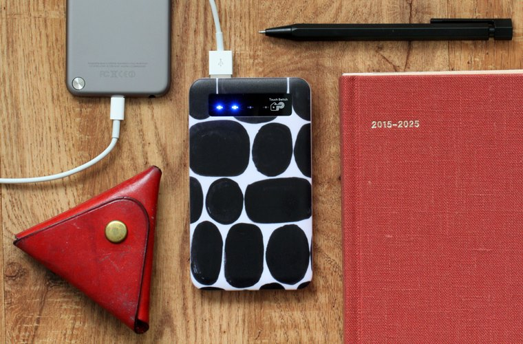 Mobile charger - CINRA.STORE