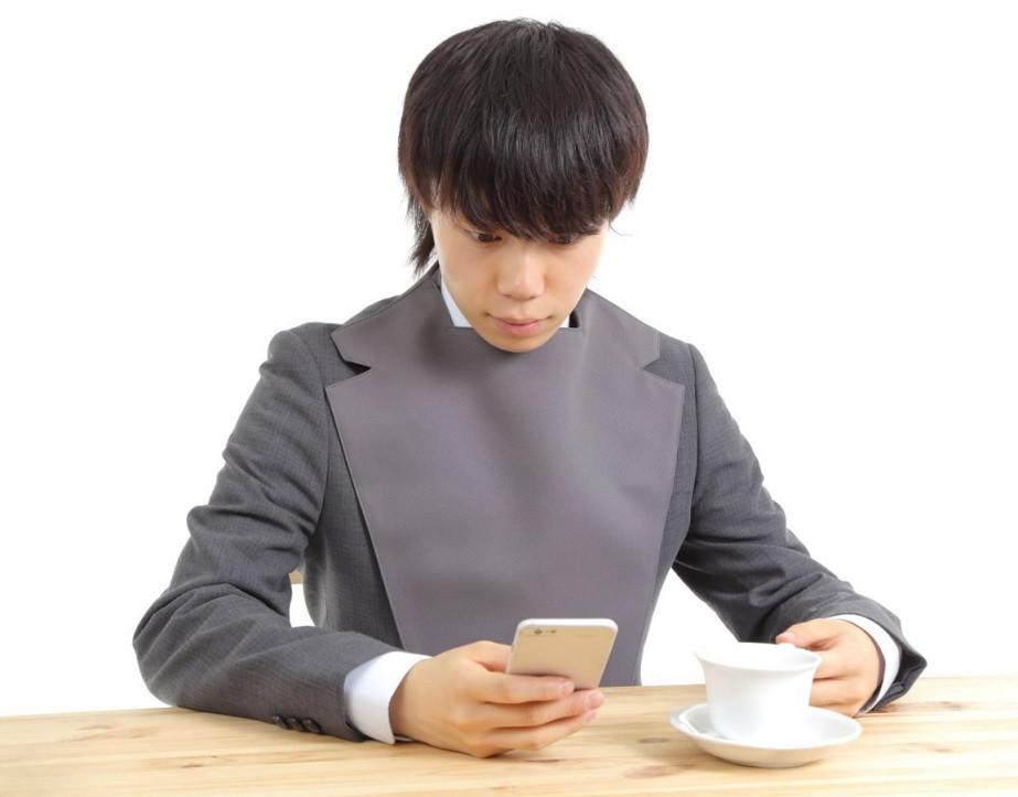 男性グレー_グレースーツ携帯.jpg