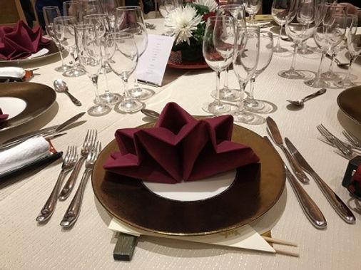 結婚式の披露宴で提供されるテーブルナプキンは使いづらい