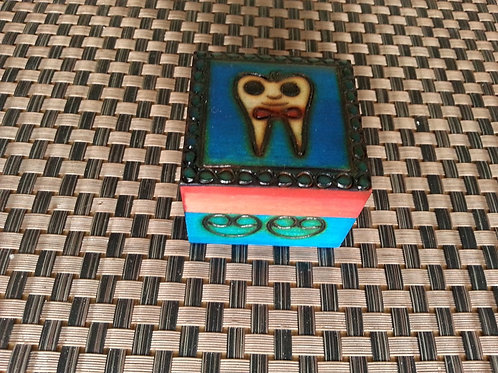Tooth - small box