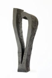 Zuneigung ·Fichte, geschwärzt ·2012 H 104 | B 36 | T 28 [cm] (Privatbesitz)