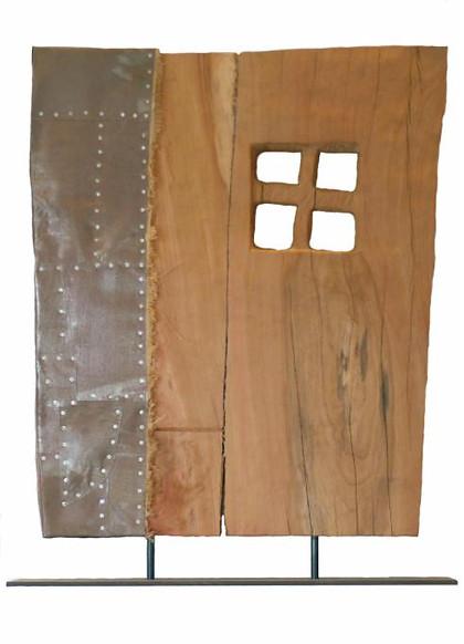 Portal mit Kreuz II · Platane, Stahlblech, Rupfen · 2006 · H 98 | B 75 | T 10 [cm] (Im Besitz des Rathauses Wiesbaden)