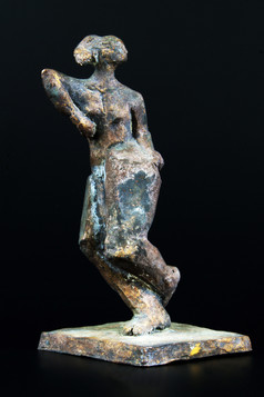 Tänzerin · Bronze · 2008 · 32 x 26 x 15 cm