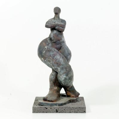 Hochmütige · Bronze · 2004 · 36 x 16 x 16 cm