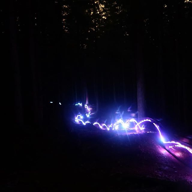 Tuesday night lights!  Another epic night trail riding at Tiger with a fun crew! #mtb #biking #night