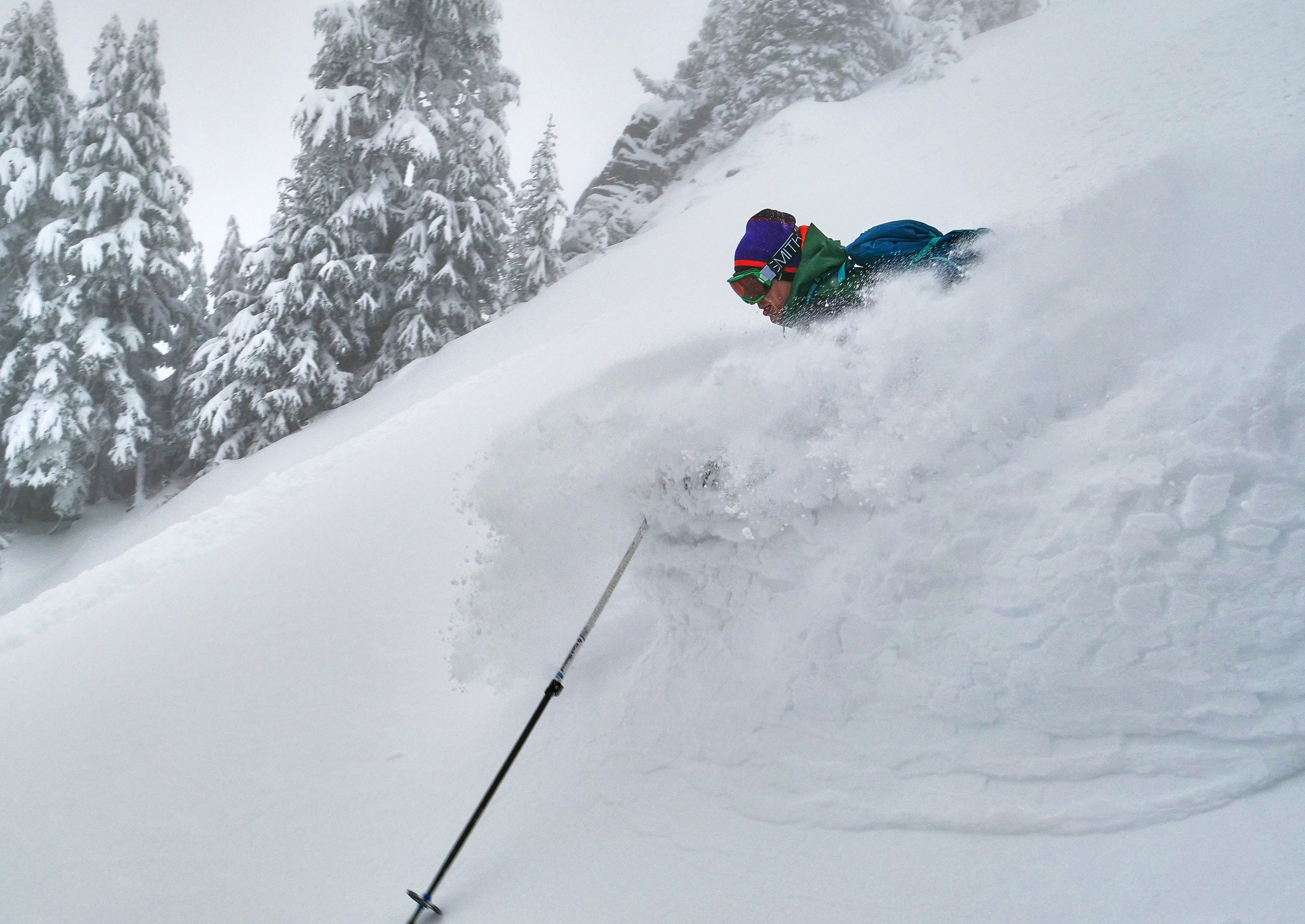 Surfing the powder wave