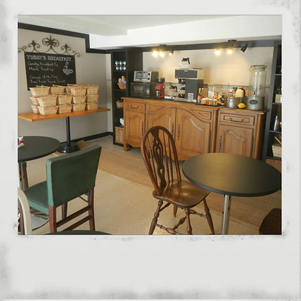 Breakfast Cafe at 3B's Inn Bed Breakfast & Biscuits