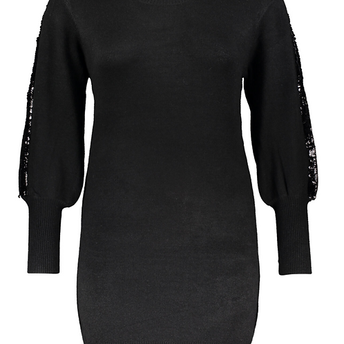Black knitted dress with sequin