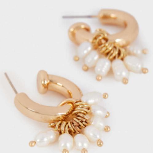 Cute faux pearl hoops