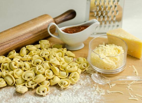 Menú 6 - Capeletis, salsa y queso (5 personas)