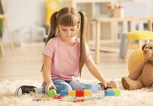 kid-playing-min.jpg