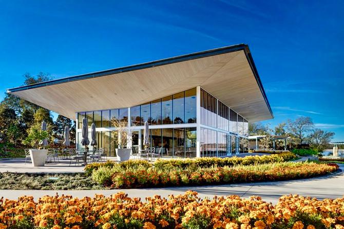 Elegant Pavilion at the Dallas Arboretum