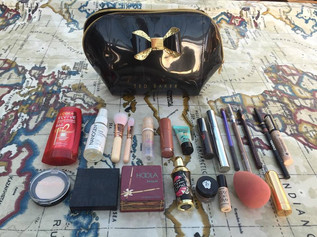What's In My Makeup Carry On?