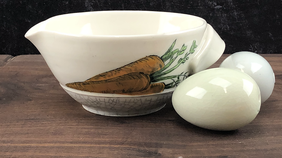 small carrot mixing bowl