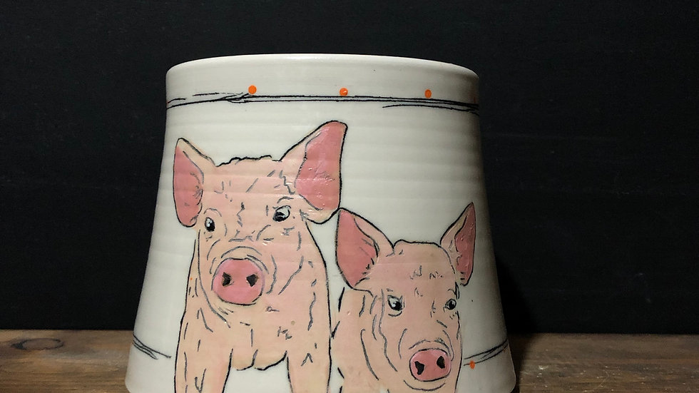 two pigs utensil holder