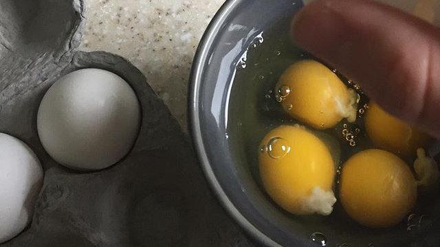 grey crackle bowl