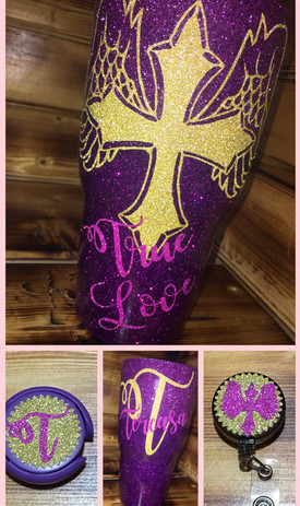 Matching set 30oz tumbler, badge holder and a matching stethoscope cover.