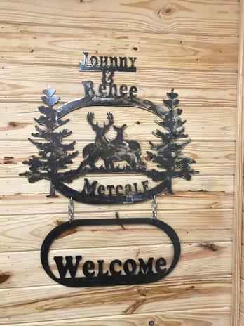 Metcalf Welcome Deer Sign