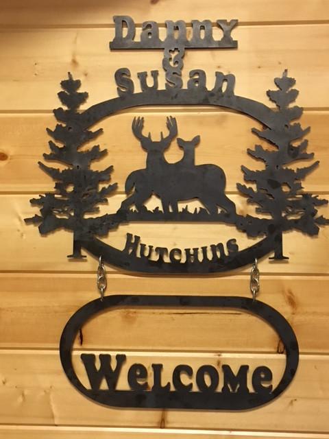 Hutchins Welcome Deer Sign