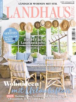 Landhaus Living Magazine | My Cottage Garden Feature