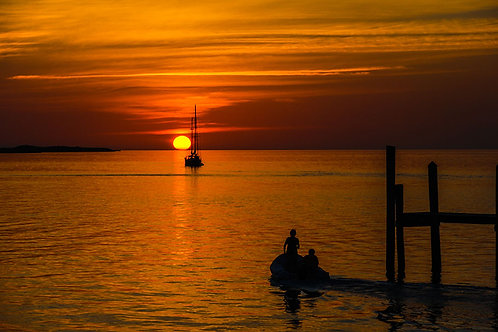 Bahama Sunset | Boats watch the sun set in the Bahamas | Sunset Photo Prints | Tammy Riegel Photography