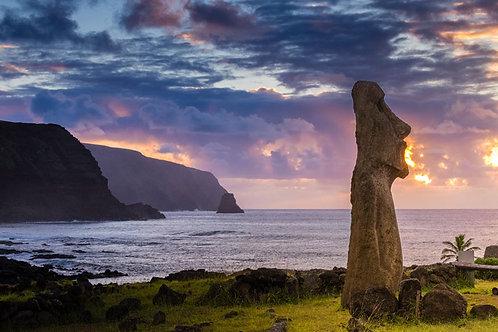 Moai Sunrise