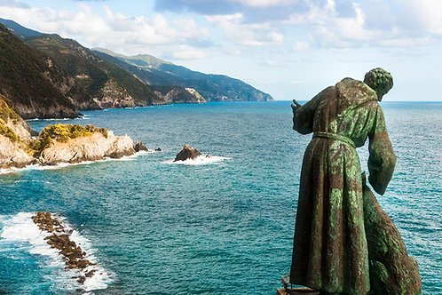 Monterosso Bay | St. Francis of Assisi Statue in Monterosso al Mare | Cinque Terre Photo Print | Tammy Riegel Photography