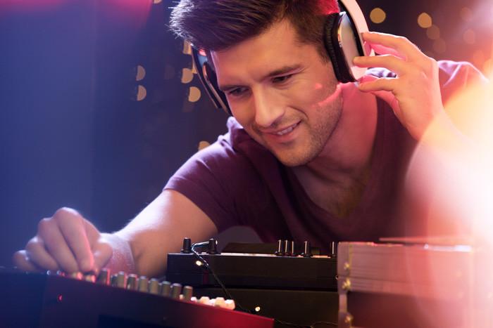 SoundBurst Studios   Mixing Services