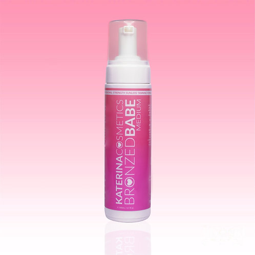 Medium Bronzed Babe Sunless Tanning Mousse - Tanning Kit