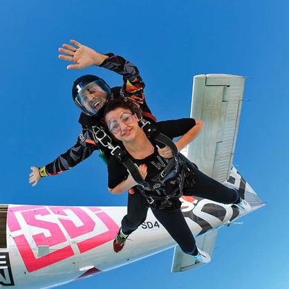 skydive_dubai006_pr_r_mob