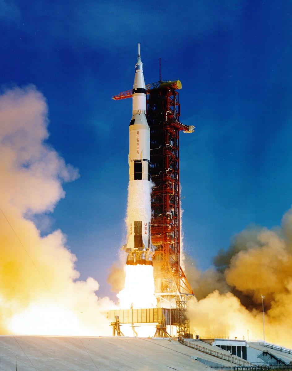 Apollo 11 liftoff.jpg