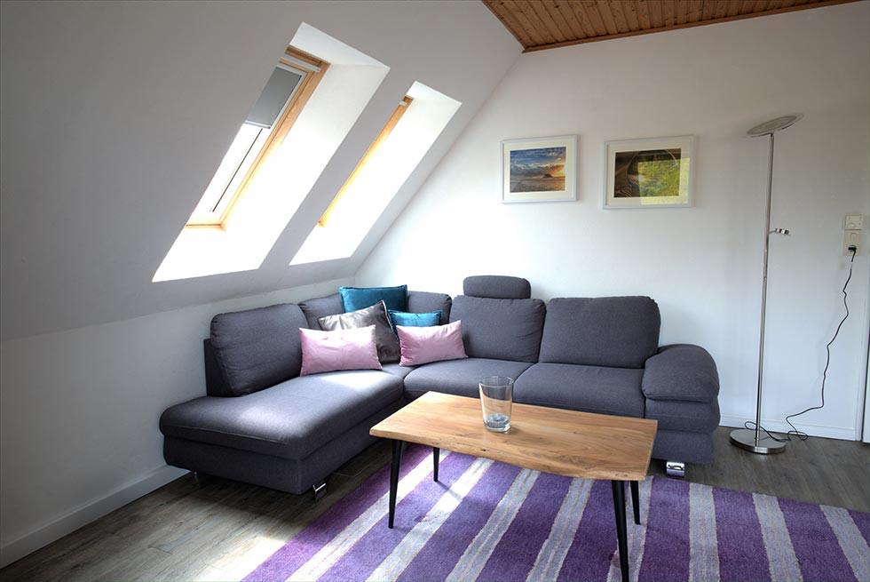 daniela-sofa.jpg