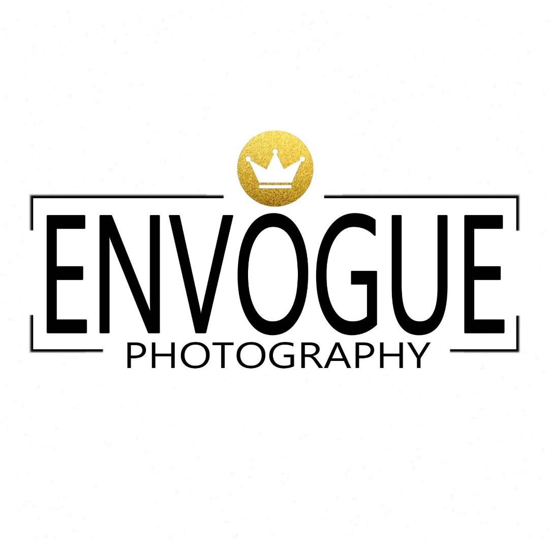 Studio En Vogue Photography