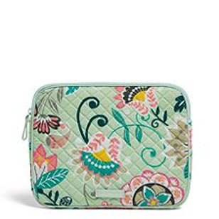 Iconic Tablet Sleeve Mint Flowers