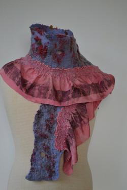 Écharpe en soie feutrée