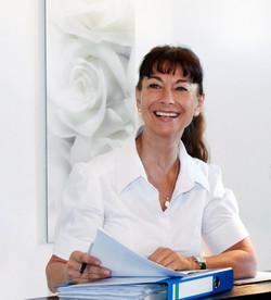 Nicole Fievee Osteopathie-compressed