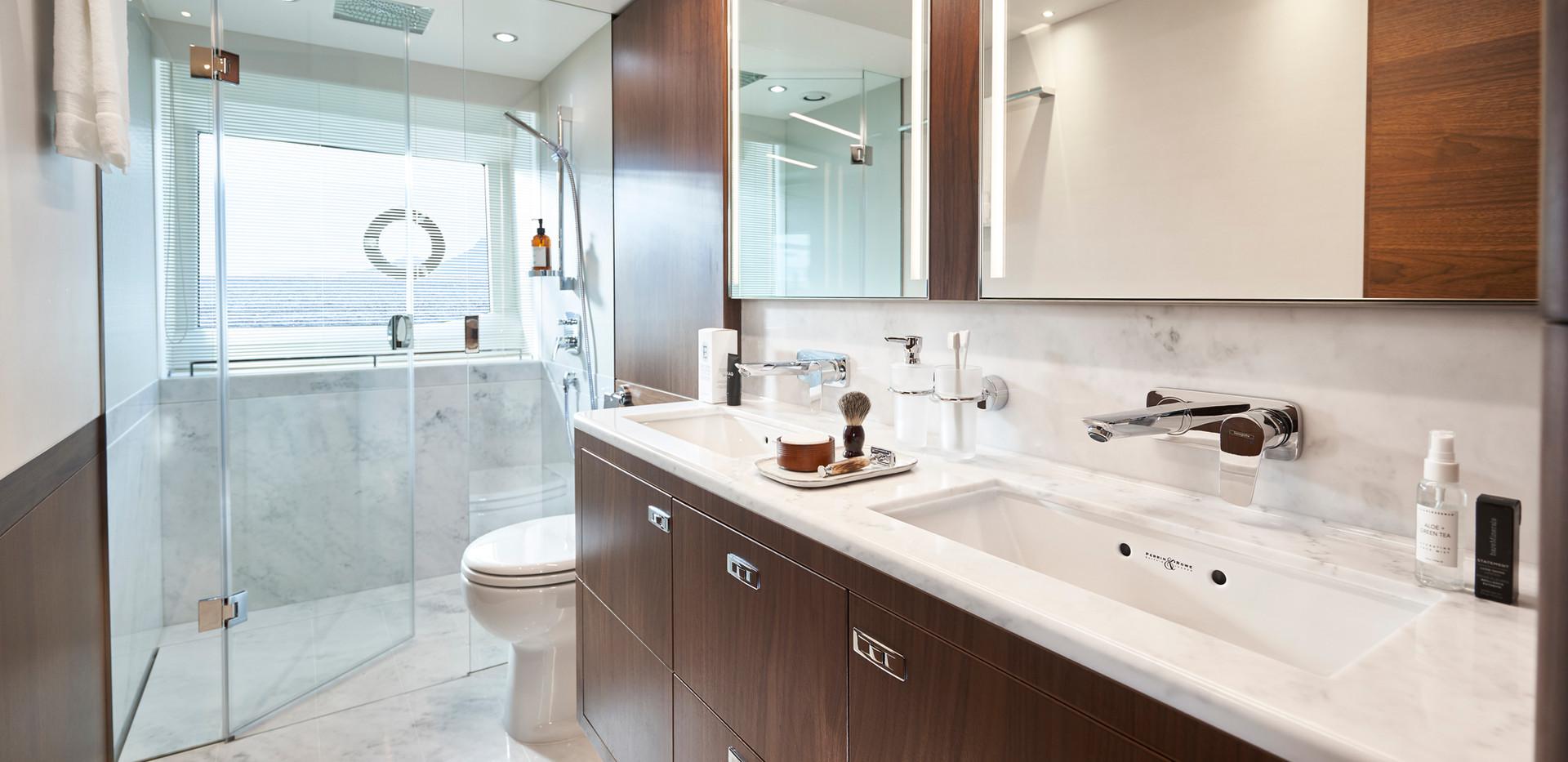 y78-interior-owners-bathroom-walnut-sati