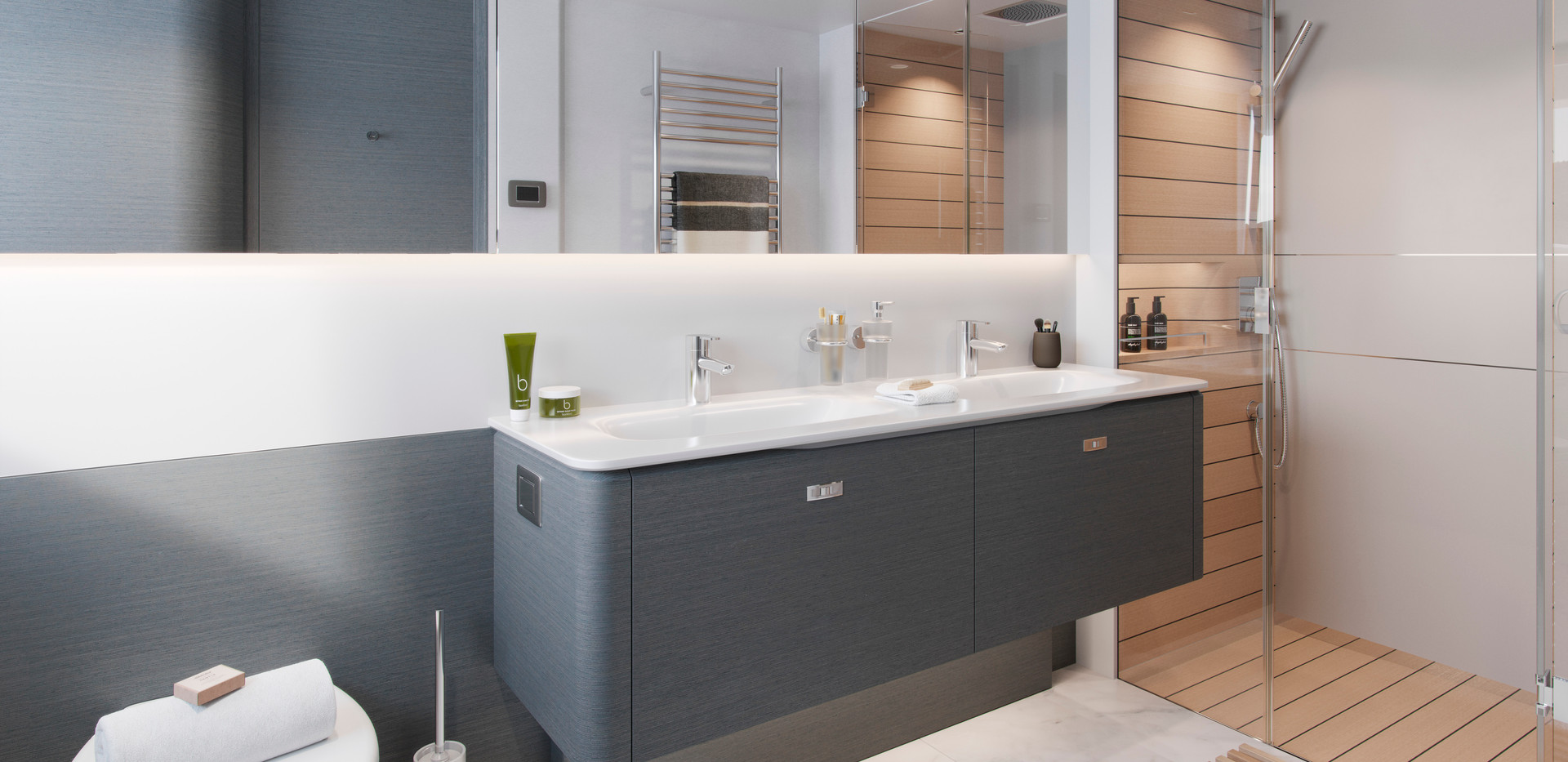 x80-interior-master-bathroom-cgi.jpg